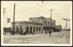 PC BW San Pedro depot.jpg (50071 bytes)