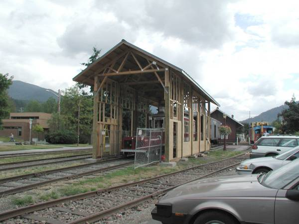 http://www.railwaypreservation.com/vintagetrolley/Issaquah_barn2.jpg