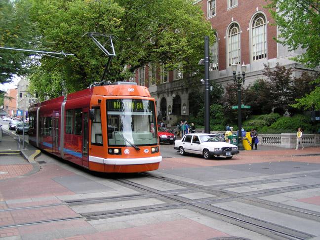 Portland_Streetcar_39_sm.JPG