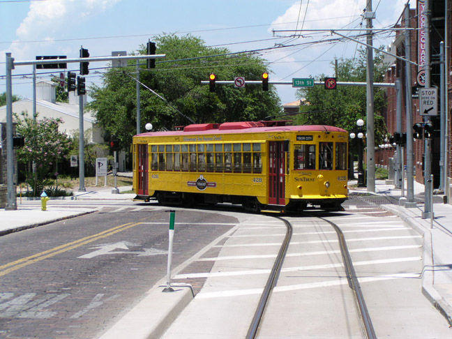 tampa port of los angeles battery powered trolley