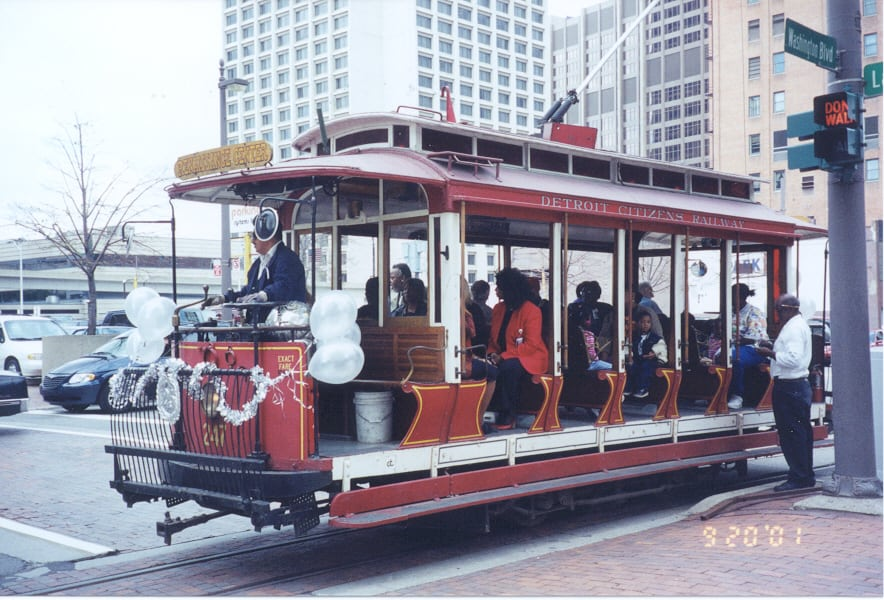1976 : Detroit Resurrects Limited Trolley Service